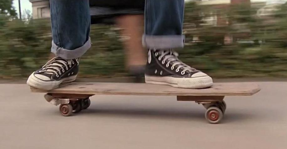 Back to the future skateboard chase