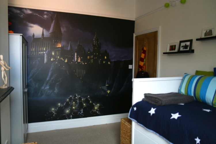 Flea 39 s harry potter bedroom makeover who 39 s the mummy for Bedroom ideas harry potter